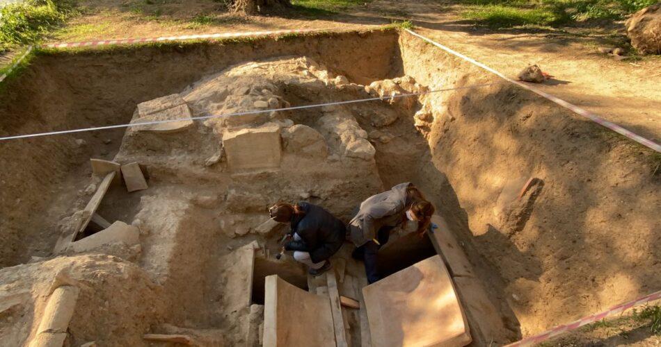 1500 yıllık tarihi mezar